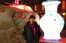 镇江的灯火夜景和西津渡老码头的美食