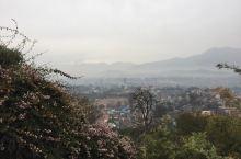 加德满都侯庙,可俯瞰加德满都全景,山上猴子多,因此称侯庙