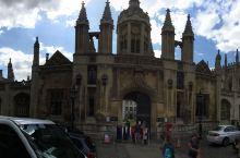 晴空下的剑桥国王学院