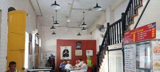 Cafe Old Market Square