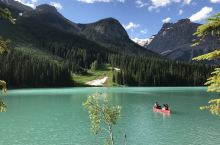 翡翠湖的变色记