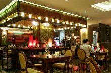 隐身三十六行街上的高级餐厅,河内不得不去的红豆餐厅