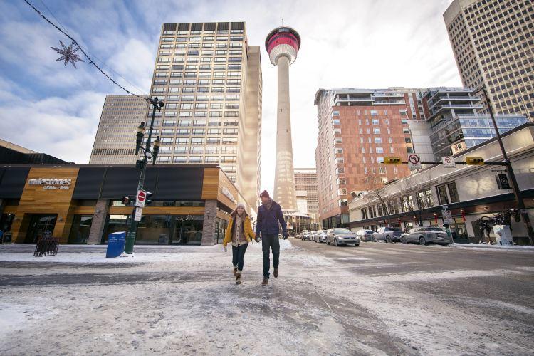 Calgary Tower1