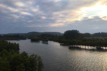天泉湖金陵山庄