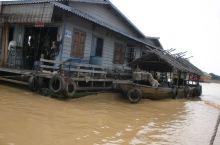 柬埔寨洞里萨湖