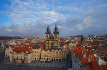 布拉格广场没有许愿池,五彩斑斓宛若童话