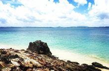 人迹罕至的棉花岛  坐落在丁加奴海岸东南方的棉花岛,是一个旅游开发不足的岛屿,这里荒无人烟,郁郁葱葱