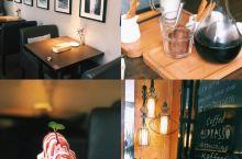 南宁探店|爱德华咖啡厅  环境挺美式的,不是很容易找,按照导航电话可以顺利找到,周边比较旧,咖啡厅很