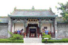 每座古城或者古镇都会有一座关帝庙,足以见得关羽在人们心中的地位,以及人们对忠义的向往。台儿庄古城的关