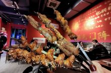 打卡成都最受欢迎烤串餐厅,ins风粉红焖烤桶盛产串串