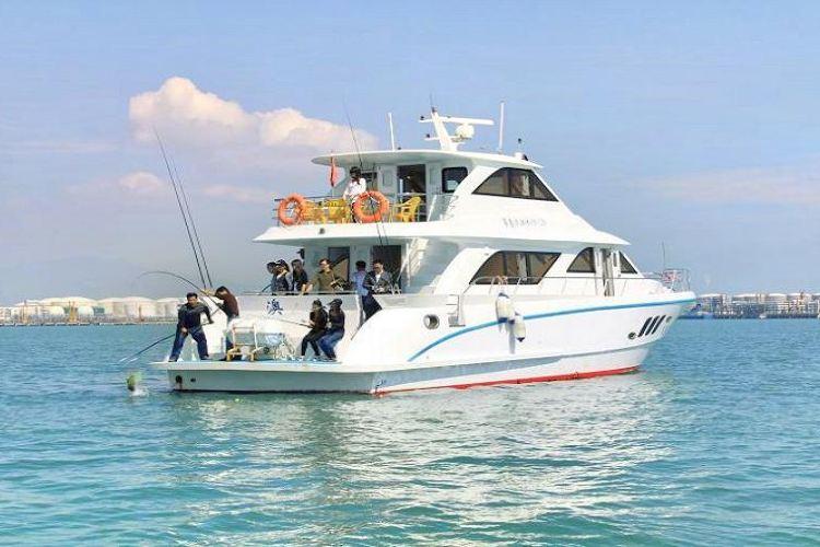 Dajia Island Yacht Cruise