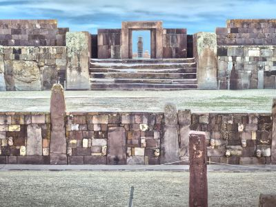 Templete Semisubterraneo