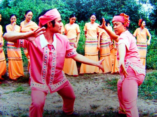 云南旅游:傣族歌舞与武术一瞥(图) – 云南游记攻略插图6