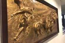 今天参观西庸城堡、洛桑的奥林匹克花园、金色山口: 1.西庸城