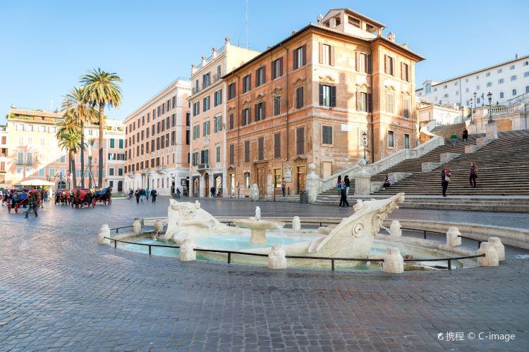 Fontana Barcaccia4