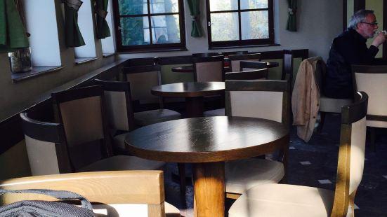 Cafe & restaurant Na BastE - Prague Castle