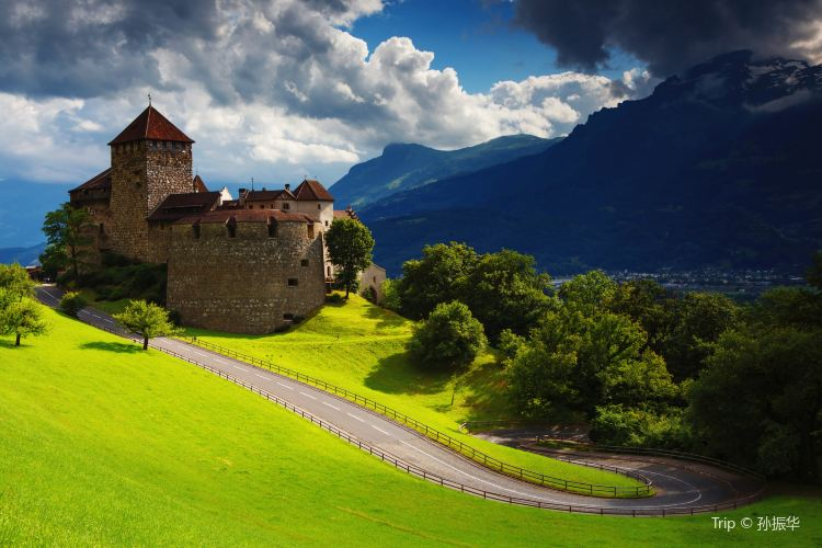 瓦杜茲城堡3