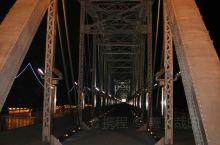 鸭绿江•断桥•夜