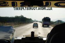 斋普尔往焦特普尔的高速路
