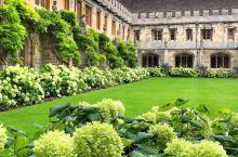 牛津最美的学院