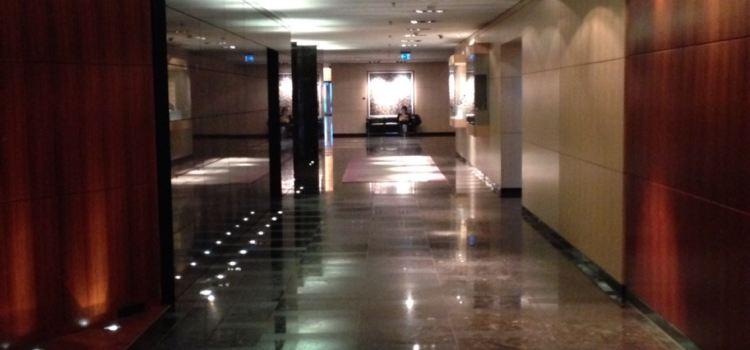 The Lounge at Park Hyatt Zurich3
