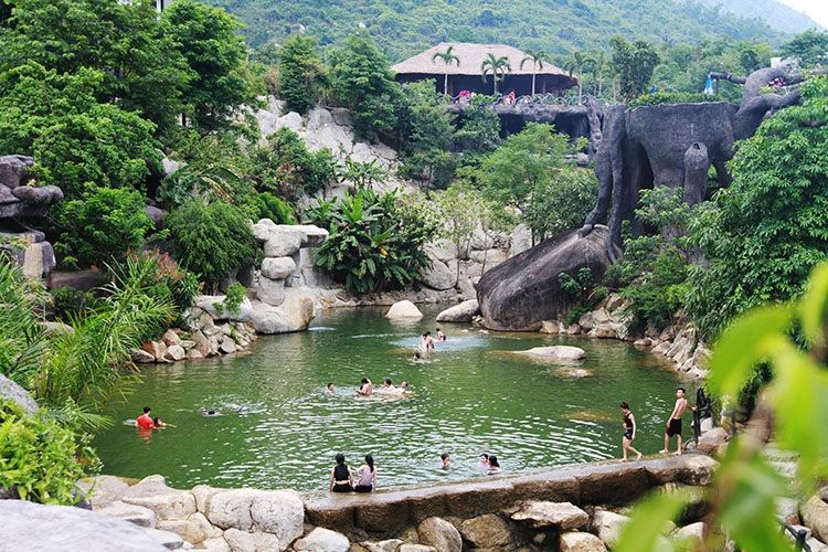 Nui Than Tai- HOT SPRINGS PARK3