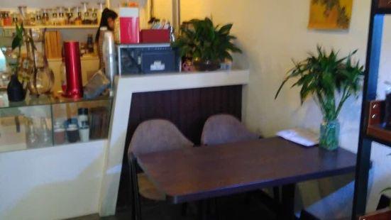 綠門咖啡館GreenDoor