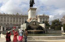 马德里太阳门广场