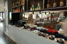 徐州绿地皇冠假日酒店全日制餐厅的早餐和晚餐