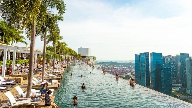 Marina Bay Sands Hotel Infinity Pool2