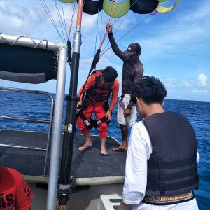 军舰岛海上拖曳伞旅游景点攻略图
