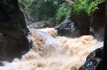 九乡溶洞,水流湍急的内流河,让我退软