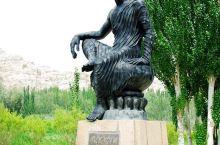新疆库车克孜尔千佛洞及沿途奇山怪石