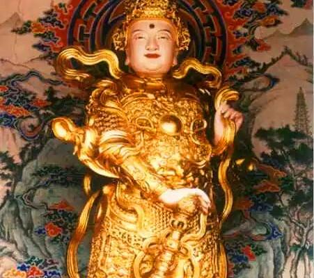 峨眉山朝圣|这座寺院竟然供奉五尊韦陀菩萨!还是菩萨自己亲自造像,全中国也只有这