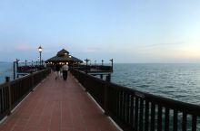 兰卡威美丽的海边餐厅