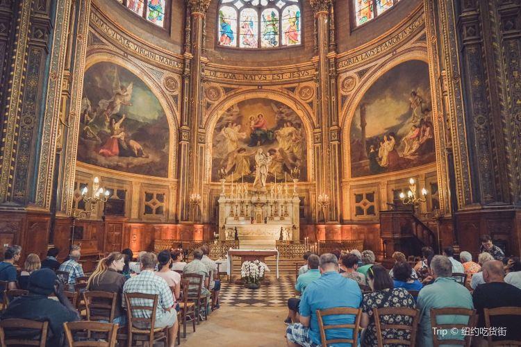 サントゥスタッシュ教会1
