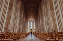 哥本哈根的管风琴教堂:600w块砖,搬砖的艺术