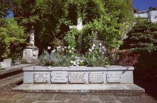 一代大师莫奈的墓地就在这里