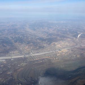 西露天矿大坑旅游景点攻略图