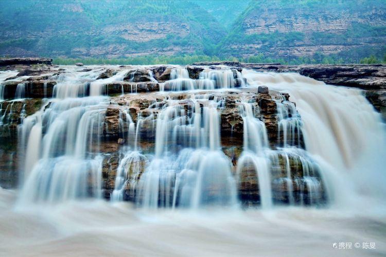 Hukou Waterfall4