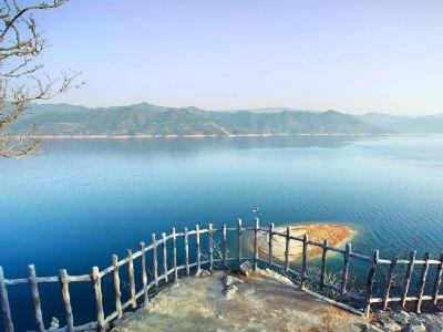 Phoenix Island Resort on Dongjiang Lake