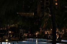 酒店位于富人区,治安不错,近mall
