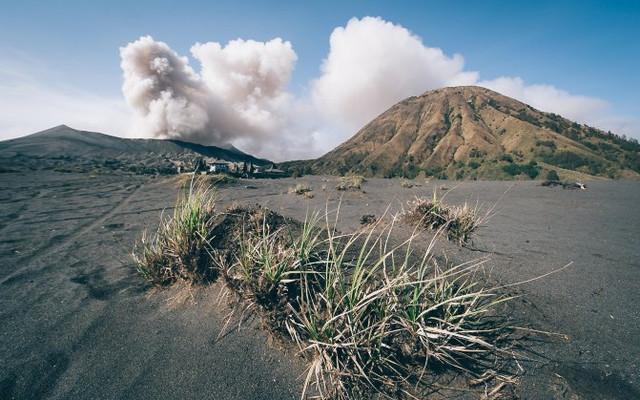印尼爪哇岛情侣8日自由行【寻找心目中的三圣山】(默拉皮火山+布罗莫火山+伊真火山)