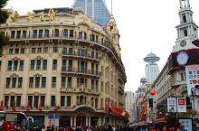 去上海南京路吃生煎包
