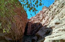 张掖平山湖大峡谷:原始与荒凉的回归。