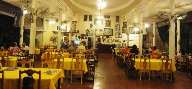 Somsakdi's Resturant1