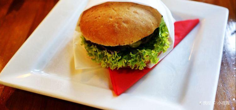 Devil Burger1