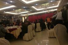 寻找老佛山菜的好去处——珠江大酒店' 就餐环境 酒楼布置的宣传画面 酒楼布置的宣传画面 烧肉和烧鹅拼