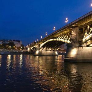 伊丽莎白桥旅游景点攻略图