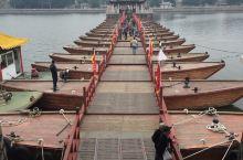 有十八只船组成的广济桥